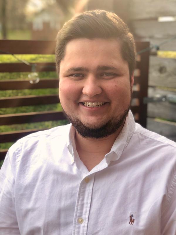 Damos la bienvenida al nuevo director de admisiones, Albert Murza
